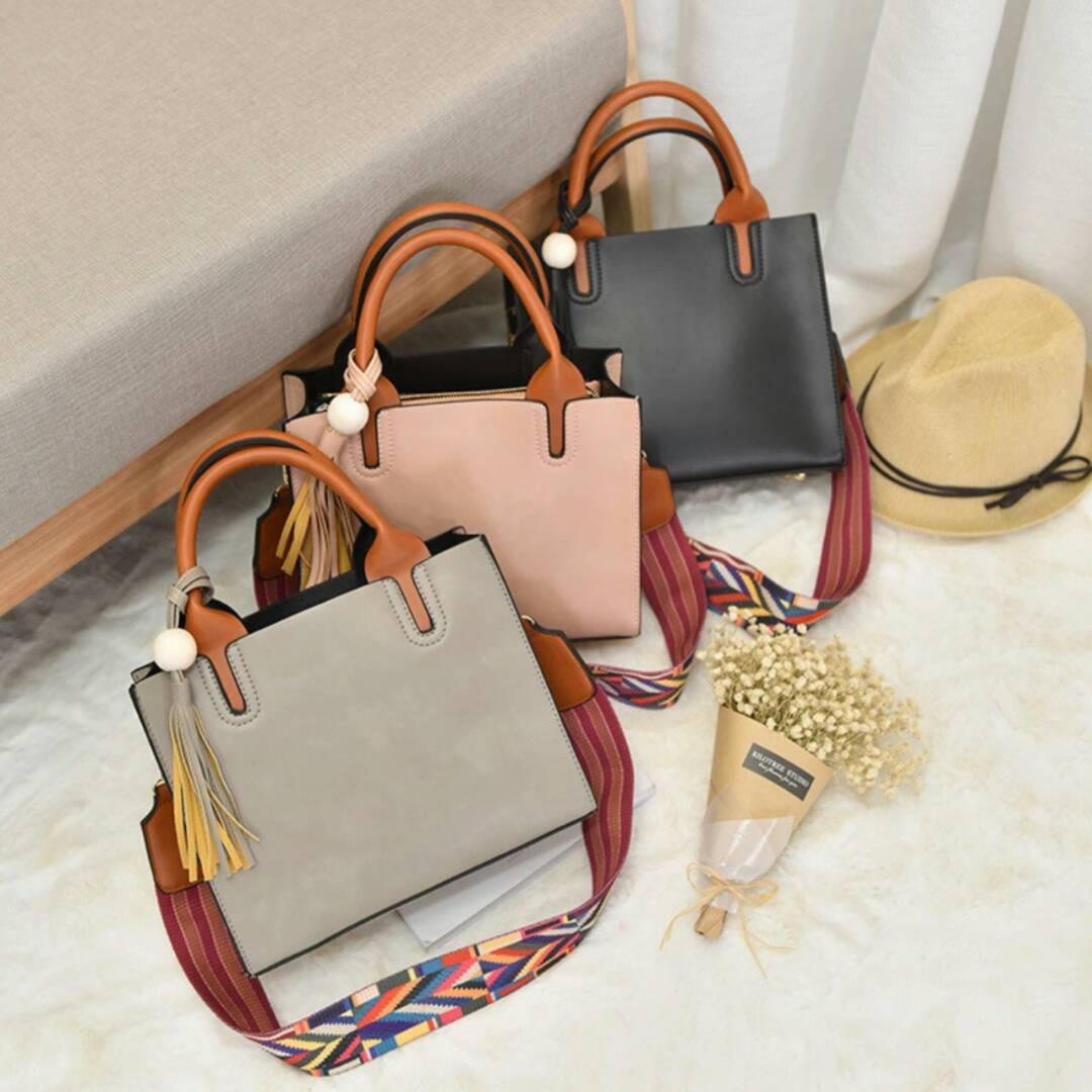 Fashion Hand bag with colourful strap