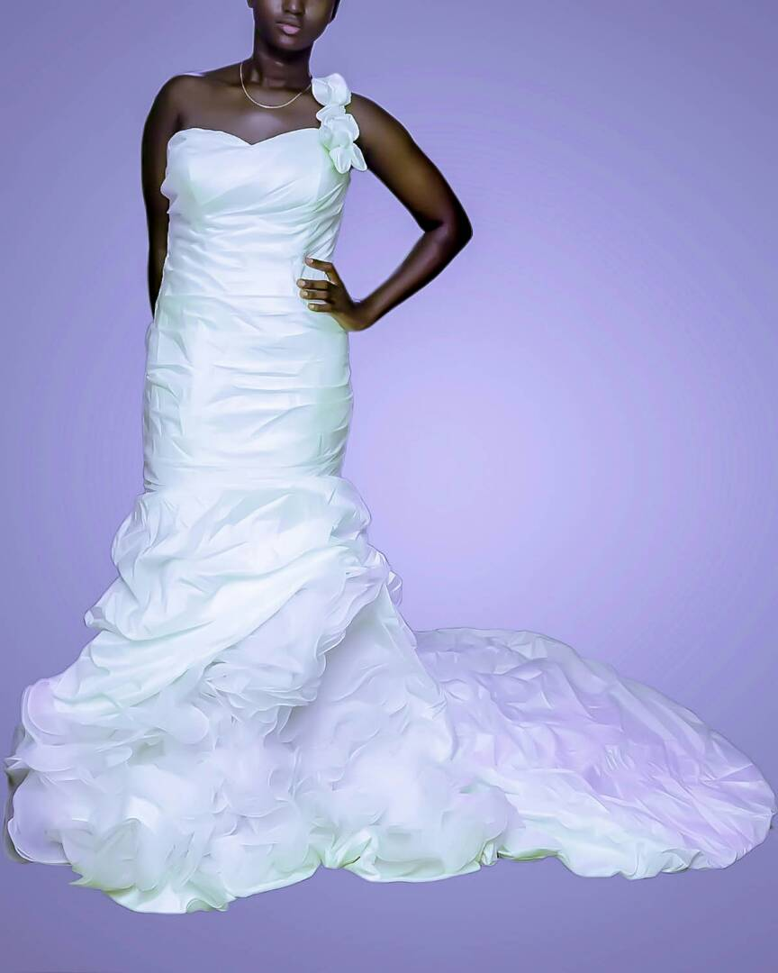 Wedding gown for rent