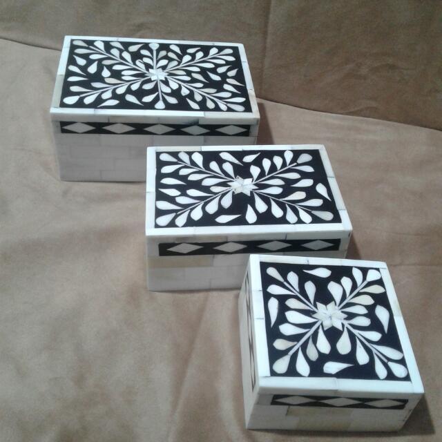 Bone and Resin Handicrafts Box