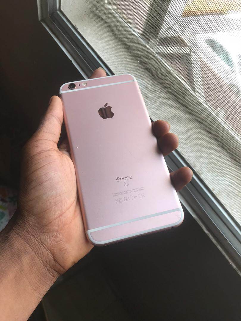 Clean US used iPhone 6s plus 64gb available for sale Color  Rose gold  Working perfectly