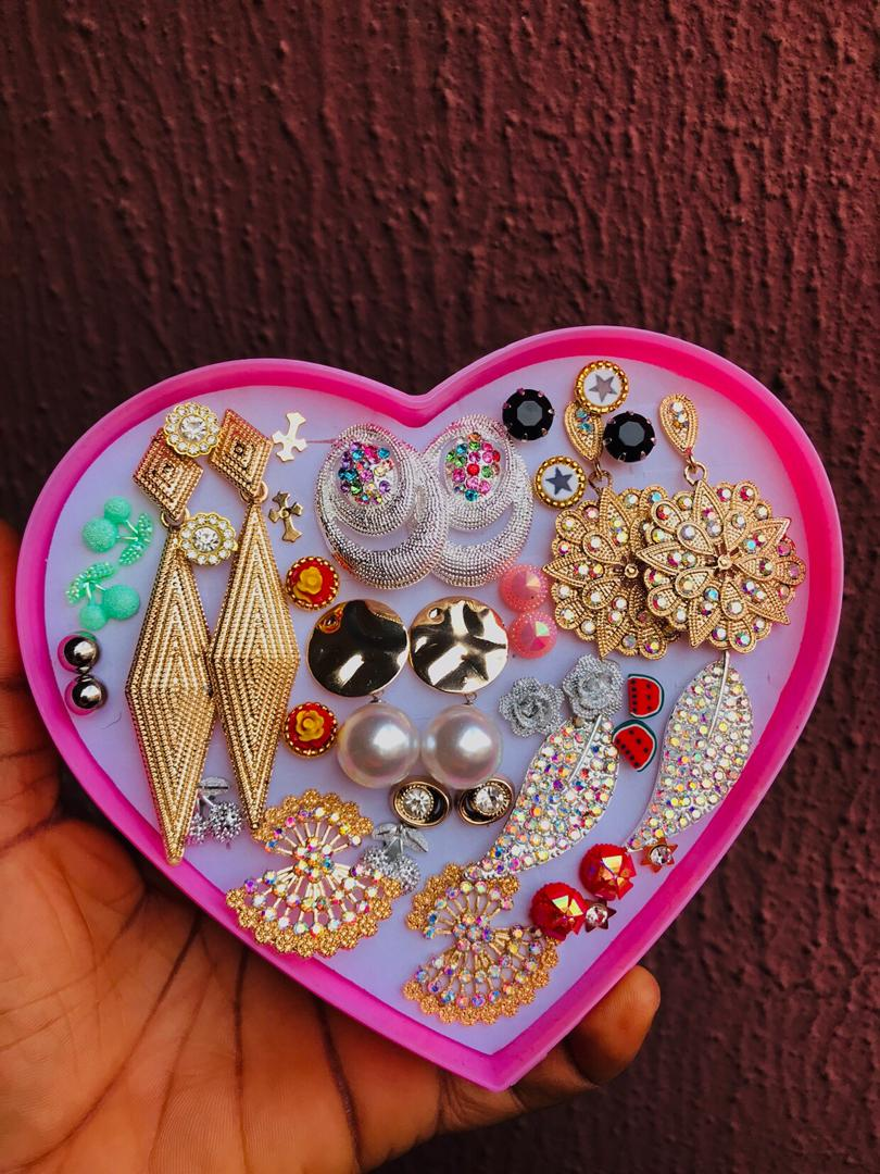 Jewelry box (earrings)