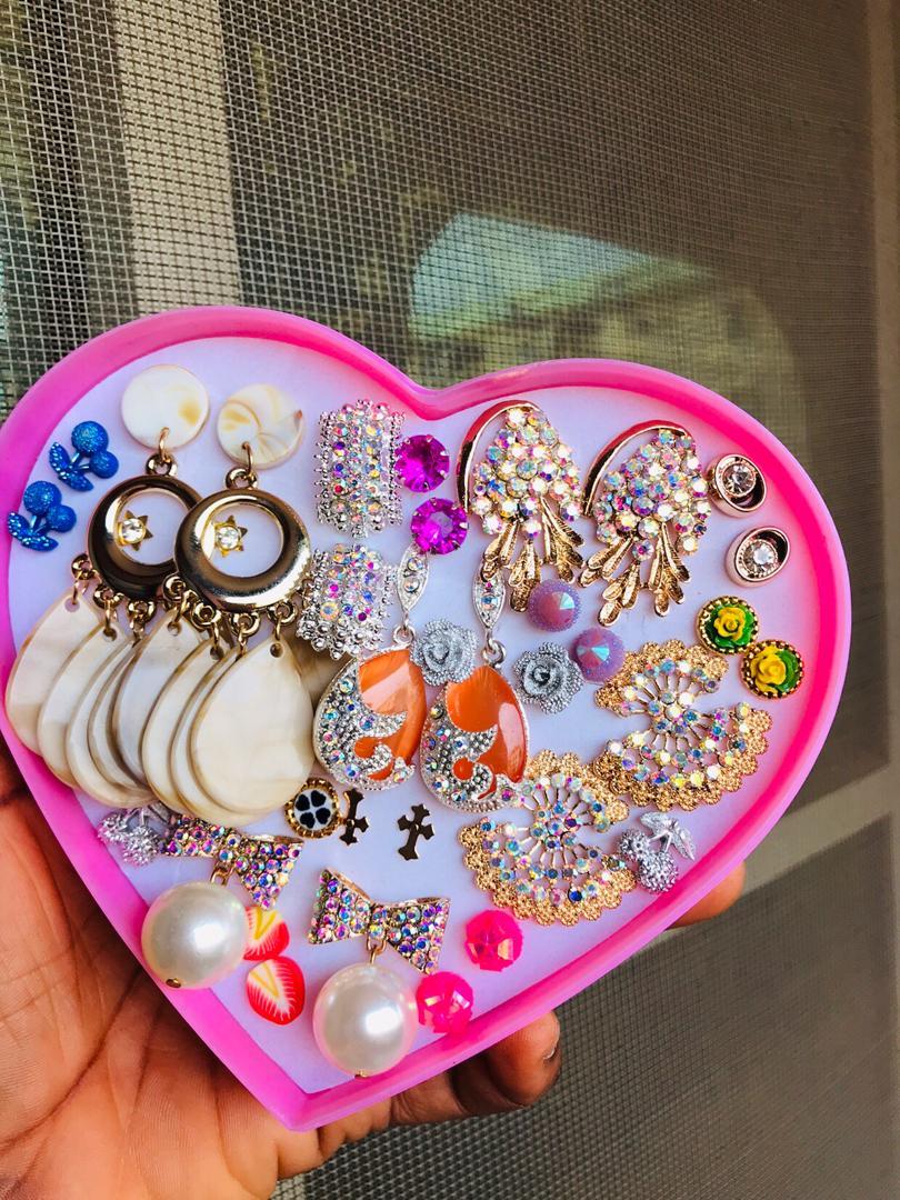 Jewelry box (earrings)